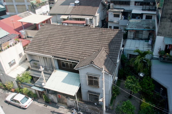 Many Japanese houses dot the older sections of cities in Taiwan. This one was across from where we liked in Taichung City.
