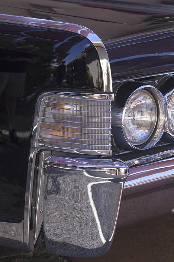 Lincoln Black Chrome