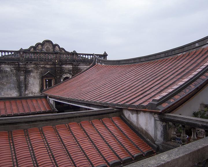 Kinmen roofs-screen