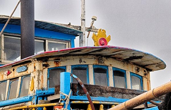 drydock-ship-HDR