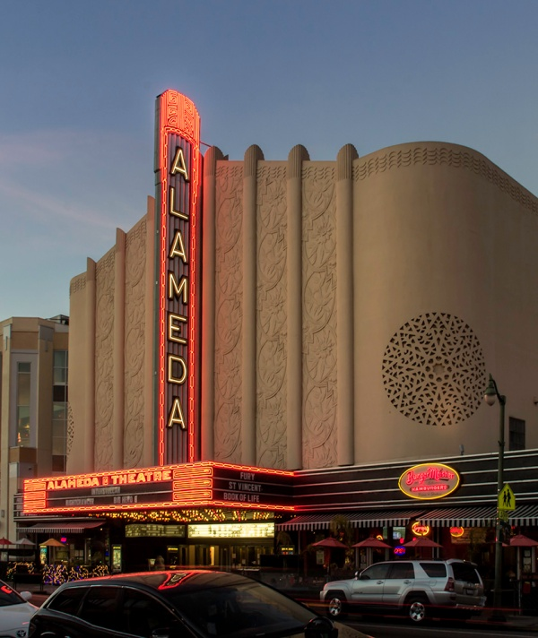 The Alameda Theatre is an Art Deco movie theatre built in 1932 in Alameda, California. It opened with a seating capacity of 2,168. It was designed by architect Timothy L. Pflueger and was the last grand movie palace built in the San Francisco Bay Area. It closed in the 1980s as a triplex theatre and was later used as a gymnastics studio. A restoration and expansion project was completed in 2008, making the historic theater the primary anchor of an eight-screen multiplex. from CinemaTreasures
