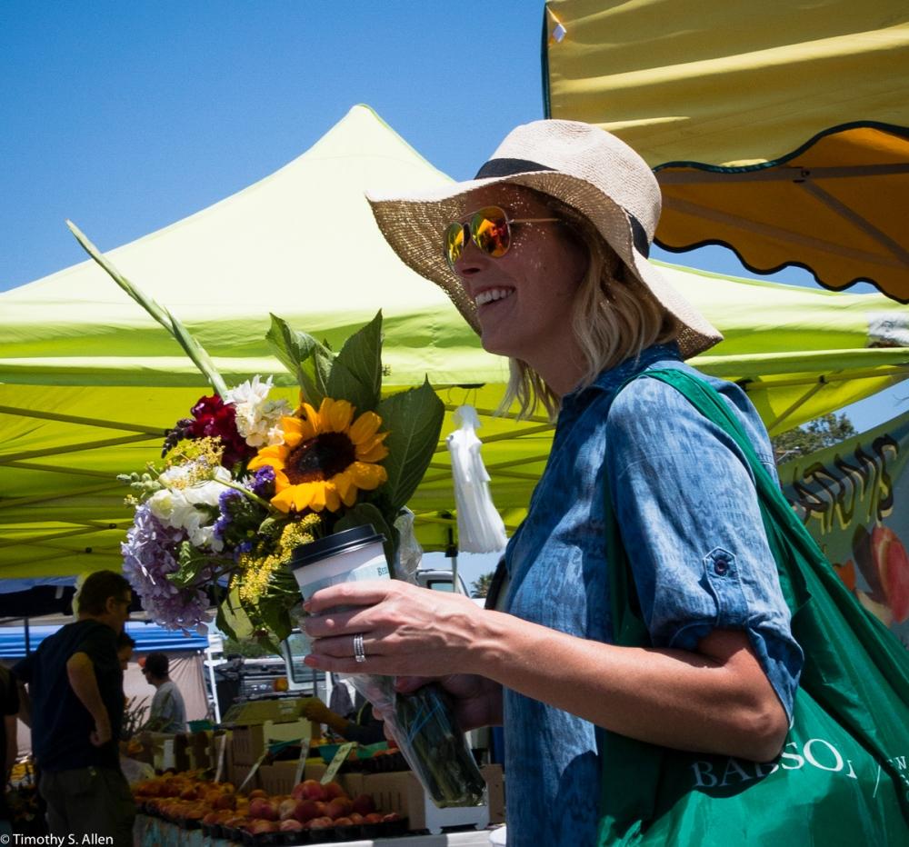 Farmers Market Veteran's Building, Santa Rosa, CA, U.S.A. July 2, 2016