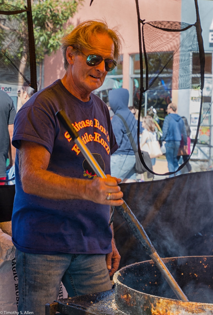 Suitcase Ron's Kettle-Korn Alameda's Park Street Fair Alameda California, U.S.A. July 31, 2016