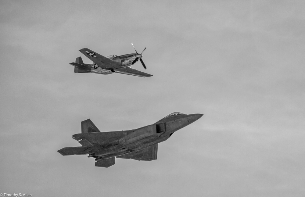 Heritage Flight of the Mustang P-51 and Raptor F-22 in Celebration of 50 years of the United State Air Force - Wings Over Wing Country - Santa Rosa, CA, U.S.A. September 26, 2016