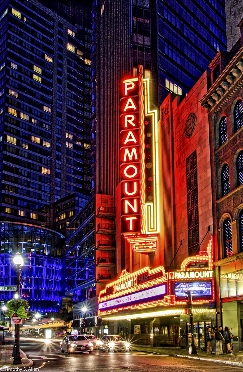 Paramount Center Boston, MA, U.S.A. September 2, 2016 For more information on this theater click on the link to cinematreasures.org http://cinematreasures.org/theaters/24