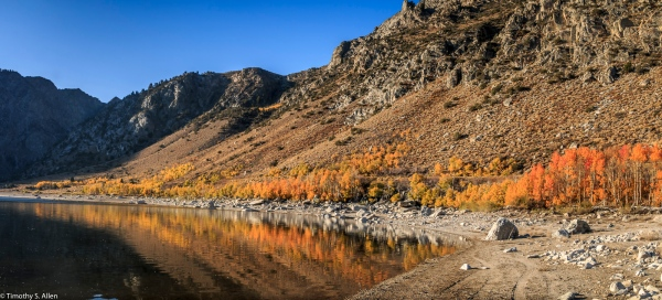June Lake Loop - Eastern Sierra Nevada Mountains, CA, U.S.A. October 13, 2017 October