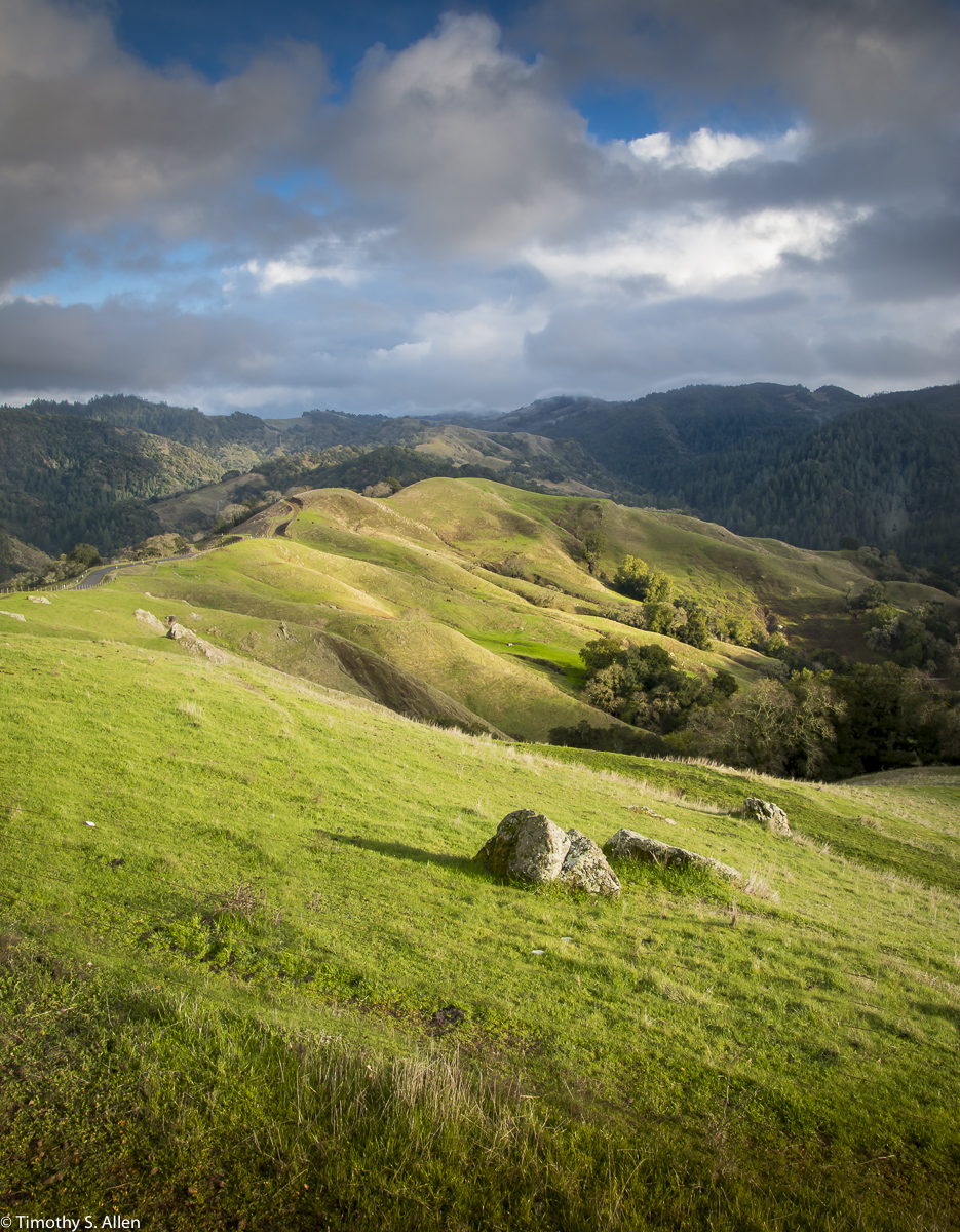 A northern view toward the northern entrance to Hood Mountain Regional Park, Santa Rosa, Sonoma County, CA, U.S.A. January 25, 2018