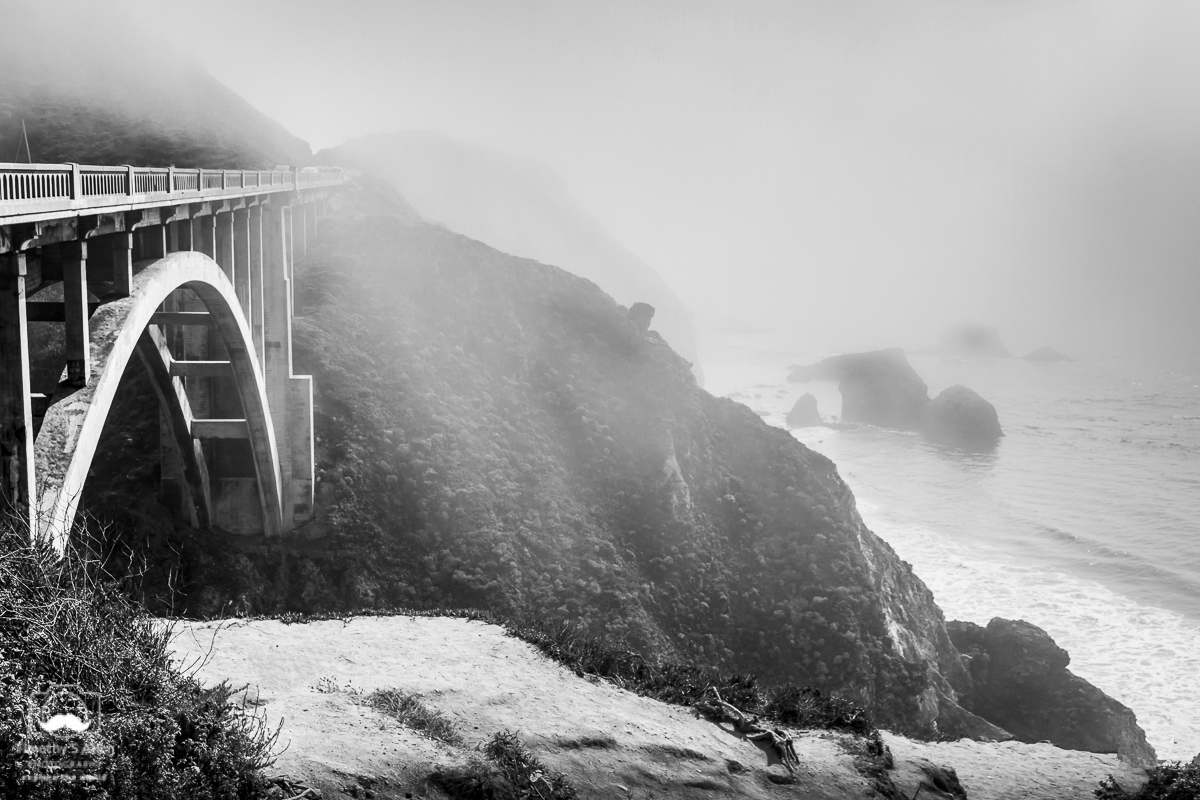 The Rock Creek bridge was built in 1932, has a span of 239 ft (73m) and distance of 497.1 ft (151.5m). It's along Hwy 1 between Carmel and Big Sur, California. August 10, 2018